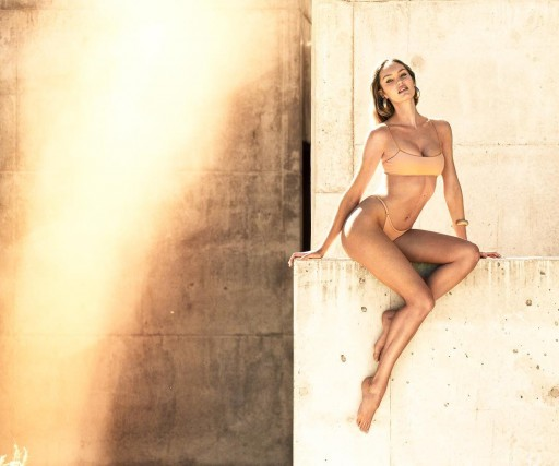 Candice Swanepoel's sensual and tempting look